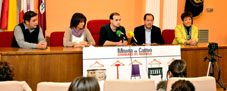 Presentación de la IV Feria Medina Ciudad del Mueble en el Salon de Plenos