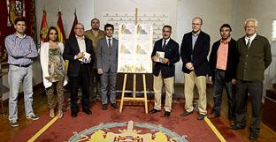 Representantes de Olmedo y de la Diputación de Valladolid esta mañana, durante la presentación del torneo en el Palacio de Pimentel.