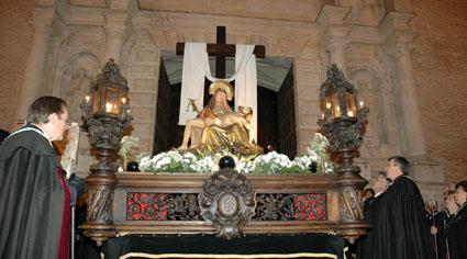 Procesión de la Virgen de las Angustias, patrona de la Villa.
