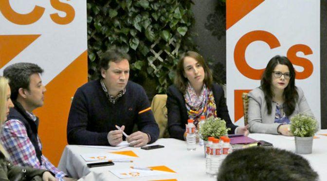 Ciudadanos refuerza su presencia en Medina y reivindica más apoyo a los autónomos