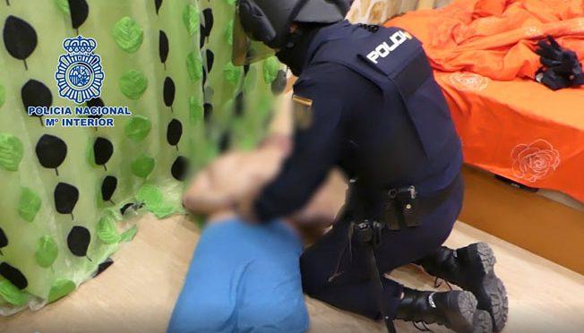 La Policía Nacional libera a nueve personas explotadas y hacinadas en pisos de Medina del Campo